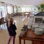 Gezamelijke eetzaal met terras